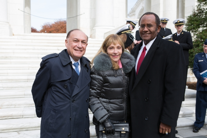 Wreath Laying at the Tomb of the Unknown Soldier - a first for GW